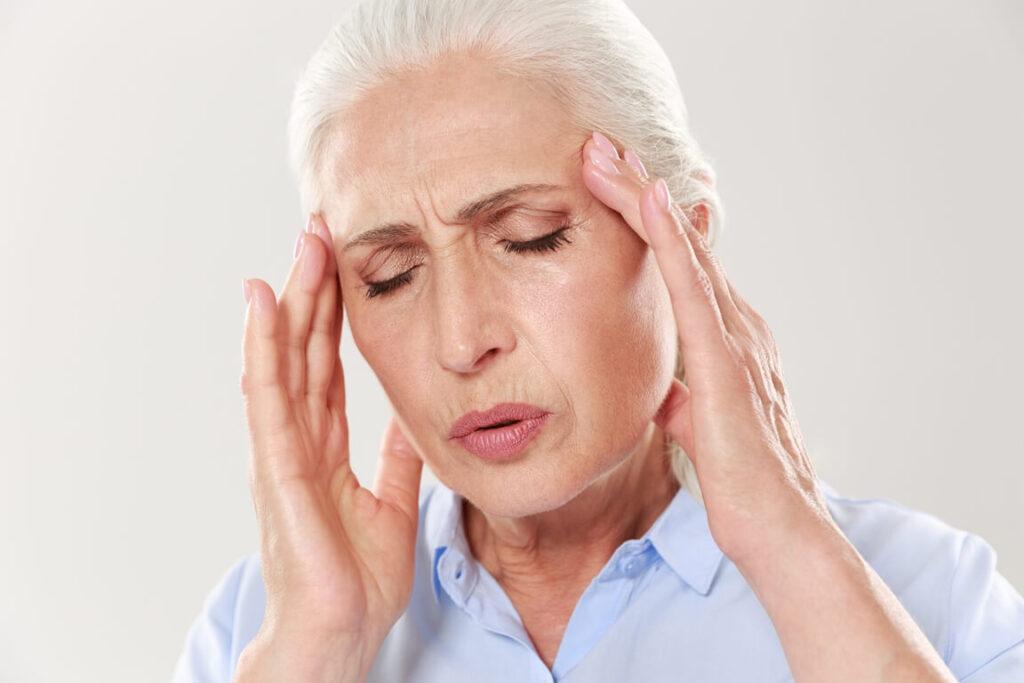 шум в голове у стариков